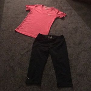 UNDER ARMOUR WOMANS SIZE SMALL NEW & CUTE OUTFIT